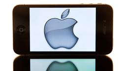 iPhone mit Apple-Logo
