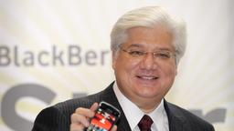Mike Lazaridis mit Blackberry Storm