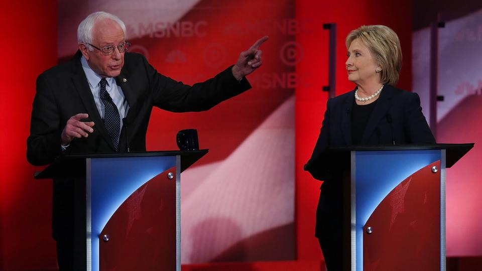 Bernie Sanders und Hillary Clinton bei TV-Debatte in New Hampshire