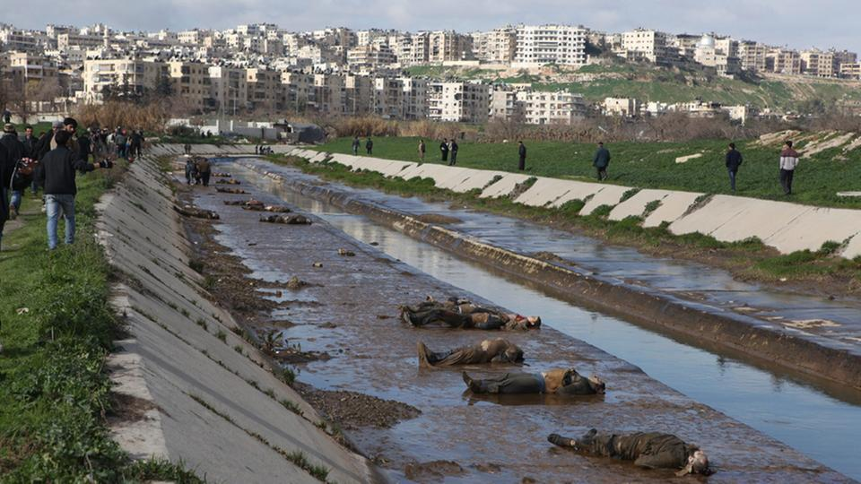 Tote in einem Fluss in Aleppo