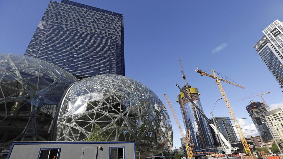 Die Amazon-Zentrale in Seattle | Bildquelle: dpa