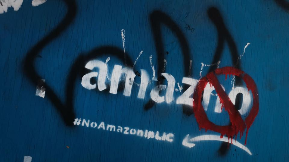 Anti-amazon-Graffito in New York / Long Island City | Bildquelle: AFP