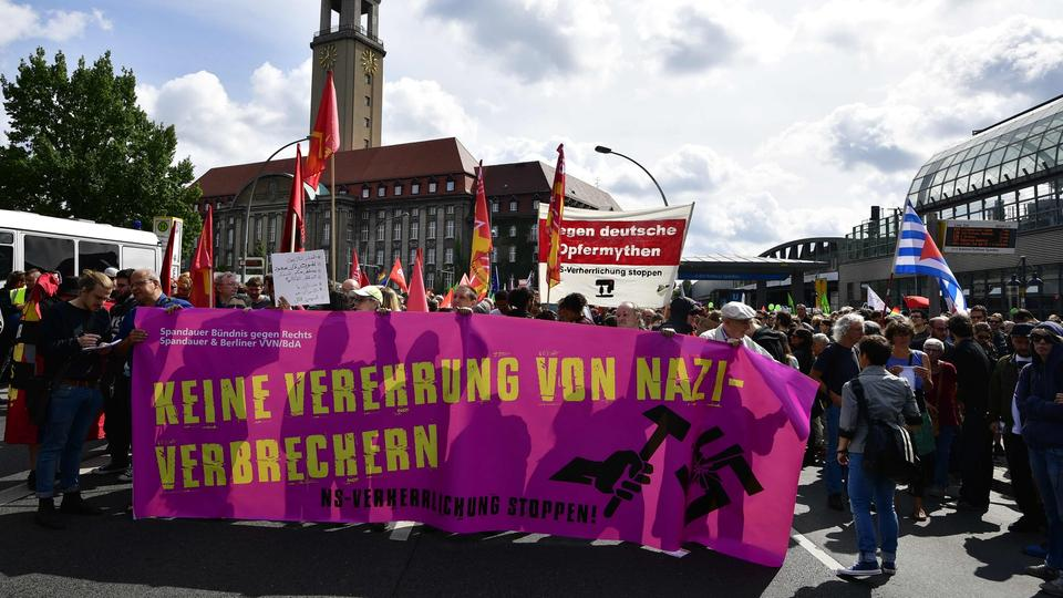 Anti-Nazi-Demonstration in Berlin | Bildquelle: AFP