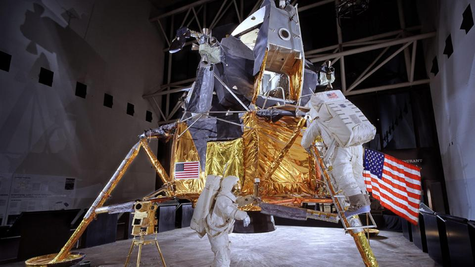 """Ein Modell des Apollo-Mondmoduls im """"National Air and Space Museum"""" 