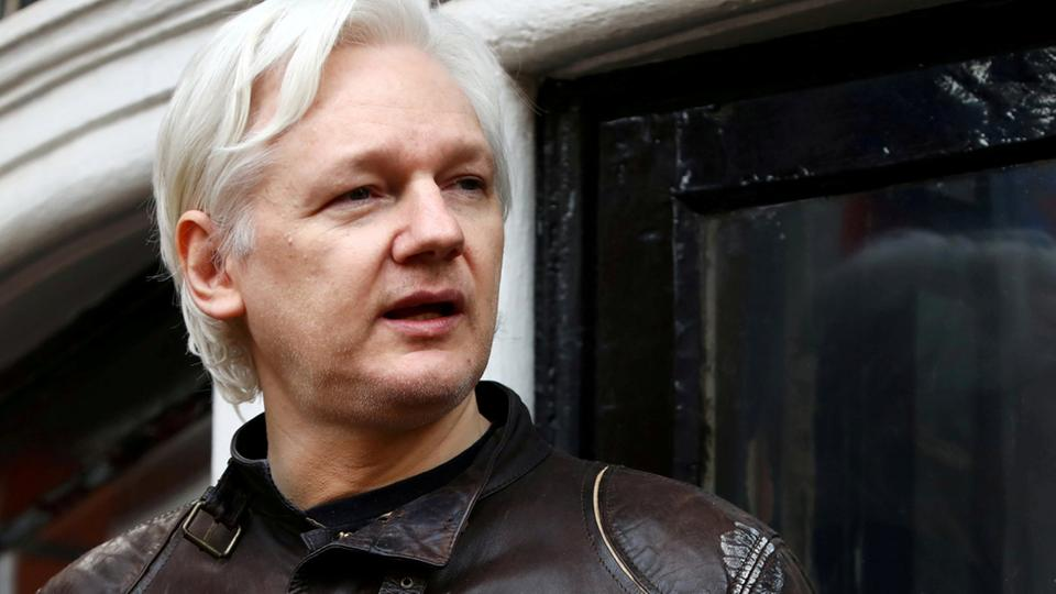 Wikileaks-Gründer Assange in London | Bildquelle: REUTERS