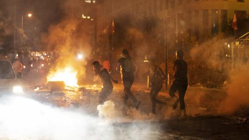 Demonstranten in Beirut | Bildquelle: AP