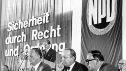 Bundeskongress der NPD 1969. Links: Parteivorsitzender: Adolf von Thadden