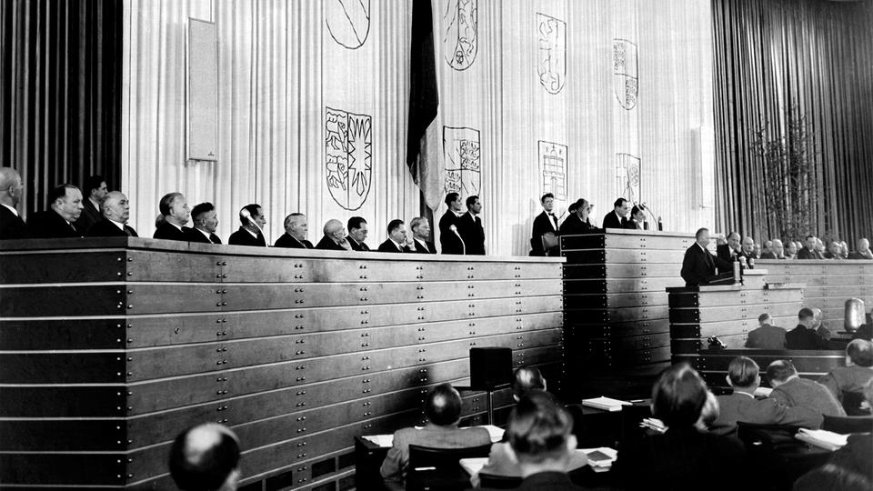 Plenum des Bundestags im September 1949