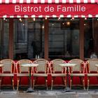 Ein Cafe in Paris  | REUTERS