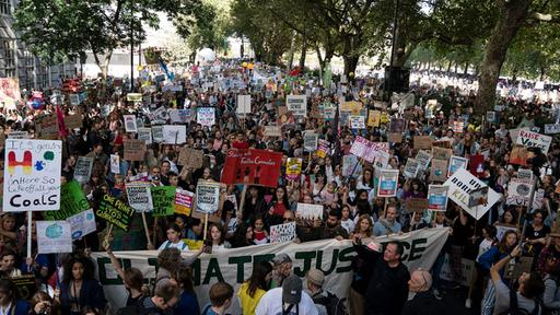 """Fridays for Future""-Demonstration in London 
