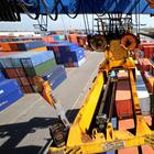 Containerhafen in Duisburg | picture alliance / dpa