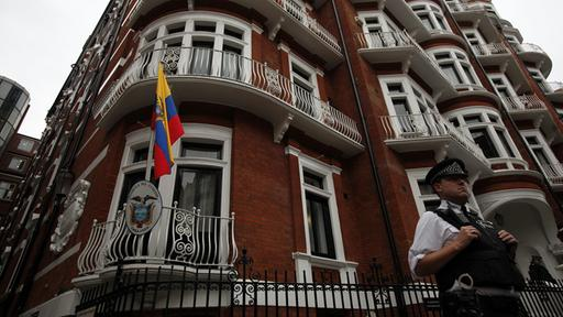 Ecuadorianische Botschaft in London | picture alliance / Photoshot