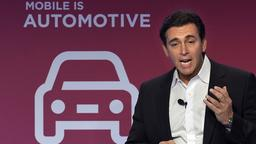 Ford-CEO Mark Fields beim Mobile World Congress in Barcelona | Bildquelle: AFP