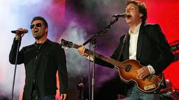 George Michael mit Paul McCartney in London 2005