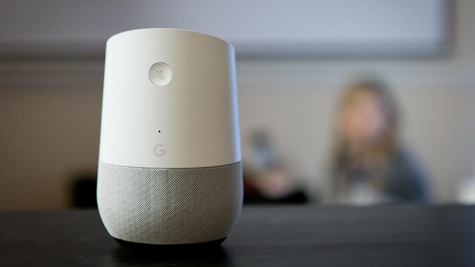 Google Home | picture alliance / Frank Duenzl