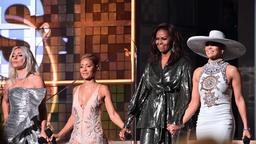 Grammy Awards: Michelle Obama mit Lady Gaga, Jada Pinkett Smith, und Jennifer Lopez.