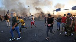 Demonstranten in Bagdad | Bildquelle: AFP