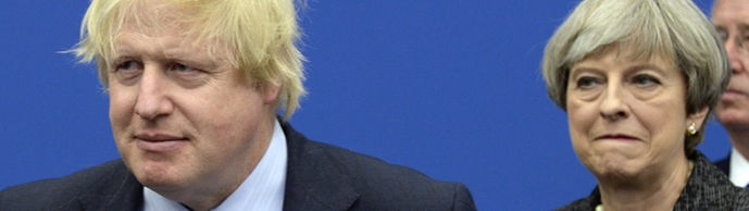 Boris Johnson und Theresa May (Archivbild) | Bildquelle: AP