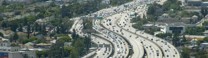 Der Freeway 110 in Los Angeles. | Bildquelle: picture alliance / dpa