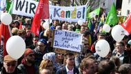 Demonstration in Kandel