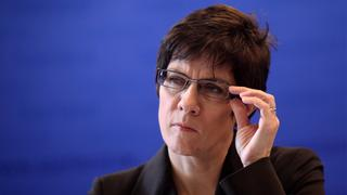 Annegret Kramp-Karrenbauer (Archivbild 2012) | Bildquelle: picture alliance / dpa