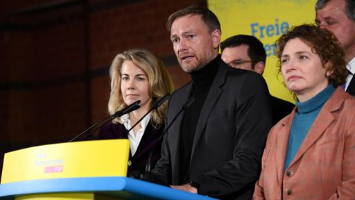 Christian Lindner (FDP) gibt Statement ab. | Bildquelle: REUTERS