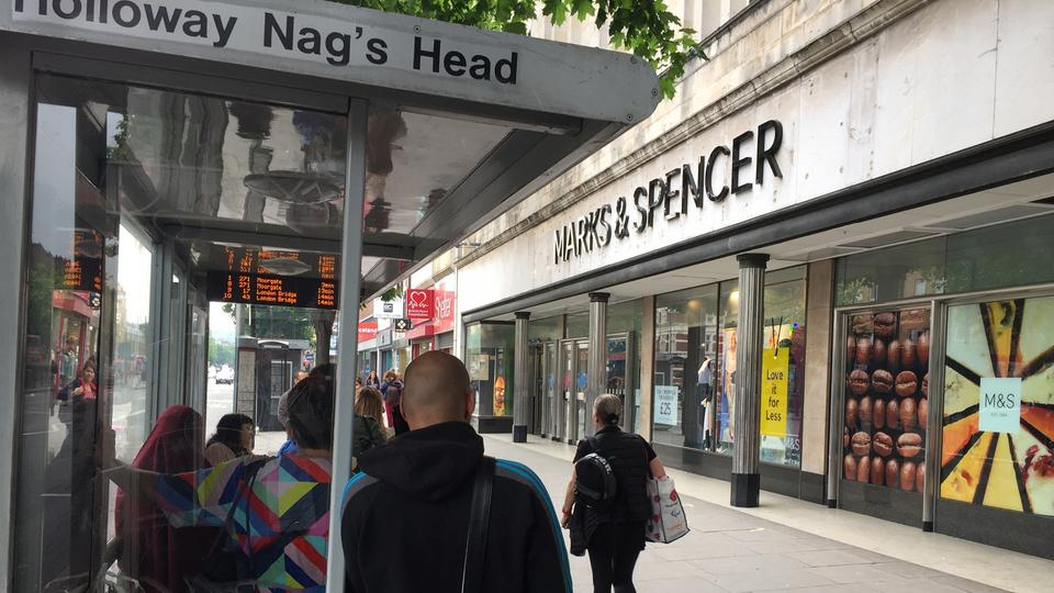 Marks + Spencer in Holloway Nag´s Head