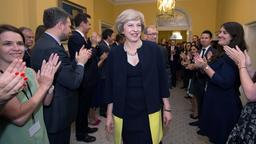 Theresa May vor Downing Street No. 10