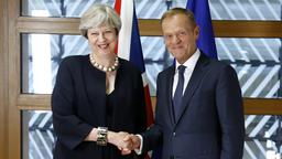 Theresa May und Donald Tusk