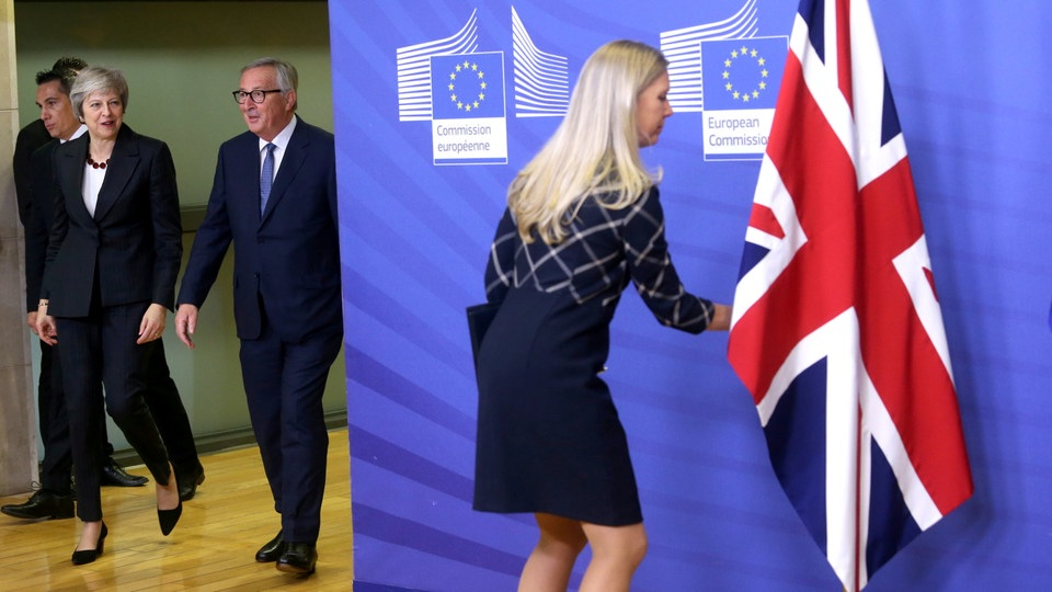 Theresa May und Jean Claude Juncker | Bildquelle: REUTERS