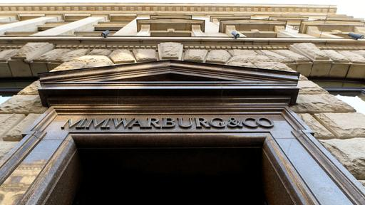 Der Sitz der Privatbank MM Warburg in Hamburg, | REUTERS
