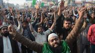 Demonstranten in Pakistan