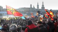 Demonstrationen mit deutschen Flaggen in Dresden.