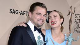 Leonardo DiCaprio und Brie Larson bei den Screen Actors Guild Awards | Bildquelle: dpa