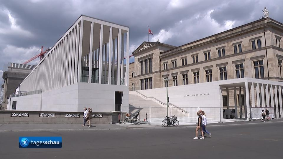 The James Simon Galerie Is Now Open