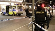 Polizist am Tatort in Stockholm