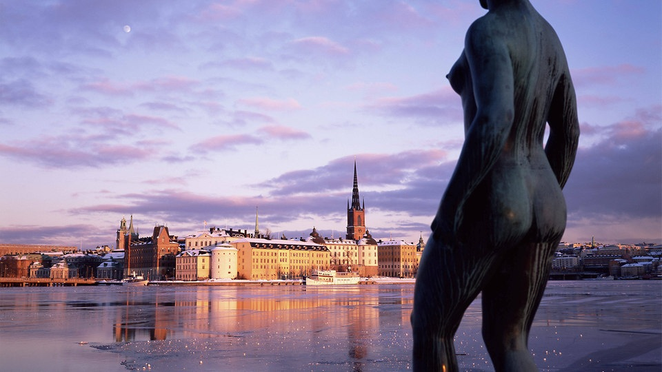 Statue einer Frau in Stockholm | Bildquelle: picture alliance / Sylvain Grand