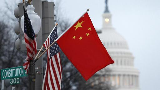 Flaggen der USA und China in Washington | REUTERS
