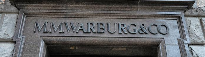 Zentrale der Warburg-Bank in Hamburg | Bildquelle: imago/Chris Emil Janssen