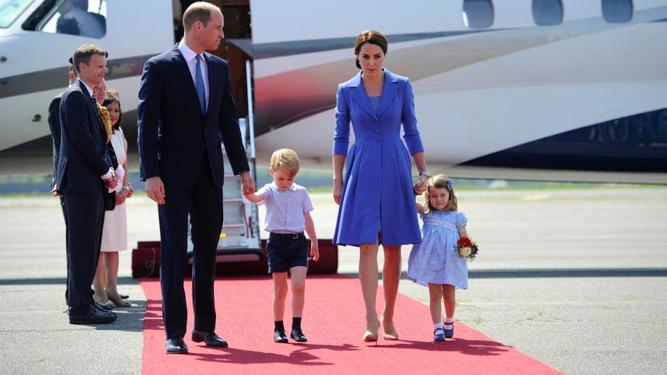 William, Kate und Kinder in Deutschland | Bildquelle: AFP